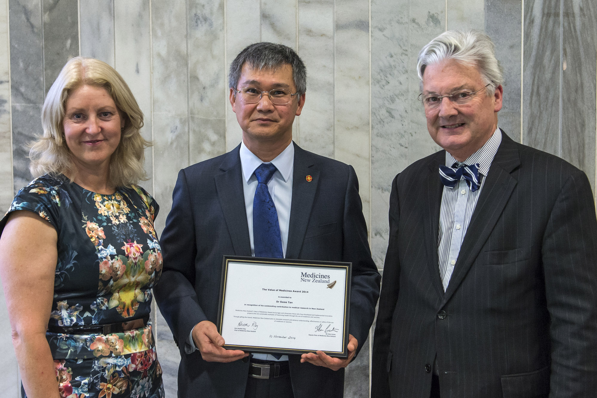From left, Hon Heather Roy, Chair of Medicines New Zealand, Dr Swee Tan and Hon Peter Dunne